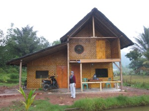 Rumah tempat kami menginap di Harau